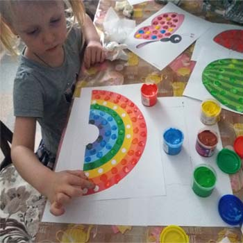 7-1 Рисование пальчиками и ладошками с детьми 1-3 лет